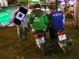 Hết Grab giờ lại tới Uber tăng giá cước: Người tiêu dùng về với taxi truyền thống?