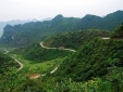 Cảnh báo giao thông: Đèo Khau Liêu thách thức tay lái các tài xế