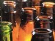 Dán nhãn bia, mỗi chai bia 'cõng' thêm chi phí gần 200 đồng