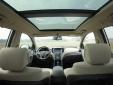 Thị trường ô tô những tháng cuối năm: SUV 7 chỗ đua nhau giảm giá 'sập sàn'