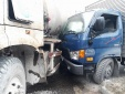 Quảng Ninh: Xe tải đâm xe bồn khiến dầu chảy lênh láng mặt đường Quốc lộ 18