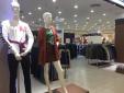 Trước Giáng sinh, nhiều người bán quần áo coi đây là 'thời điểm chết'