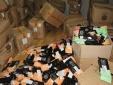 Hà Nội: Thu giữ hơn 2.000 túi nguyên liệu trà sữa không nguồn gốc