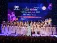 Kết hợp với dàn hợp xướng Mỹ: Học sinh Vinschool gây ấn tượng mạnh