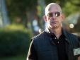 Jeff Bezos: 'Người giàu nhất hành tinh'