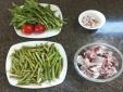 Cách làm món canh ngó khoai nấu xương