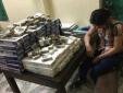 Nghệ An: Liên tiếp bắt giữ 1.400 lọ thuốc và 800 bao thuốc lá lậu trong 1 ngày