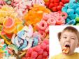 Ăn nhiều bánh kẹo, mứt tết khiến trẻ thừa cân, béo phì