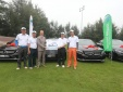 Bamboo Airways trao thưởng HIO 4 xe Mercedes và quà trị giá 10 tỷ đồng cho golfer Cao Xuân Hùng