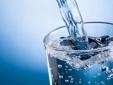 Uống nước tưởng là chuyện thường ngày nhưng mắc sai lầm có thể gây bệnh tật