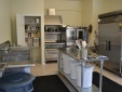 Tủ nấu cơm công nghiệp: Tiện lợi nhưng người dùng vẫn băn khoăn