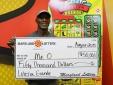 Người may mắn 5 lần trúng xổ số độc đắc, nhận thưởng tiền tỷ