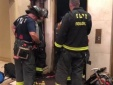 Bị kẹt thang máy một người đàn ông 30 tuổi tử vong thương tâm