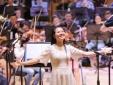 Ngắm nhan sắc mộc của Phạm Thùy Dung khi tập luyện cho live-concert 'Trăng Hát'