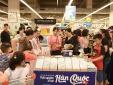Hàng trăm khách hàng hào hứng trải nghiệm 'thiên đường' mỹ phẩm xứ Kim Chi tại VinMart