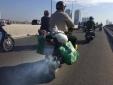 Xe máy được sử dụng suốt cả tuần: Những cỗ máy xả thải không 'nghỉ phép'