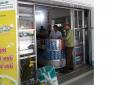 Phát hiện 03 cơ sở kinh doanh khẩu trang y tế, dung dịch rửa tay khô không niêm yết giá