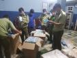 Phát hiện gần 1 tấn quần áo đã qua sử dụng và gần 75.000 chiếc khẩu trang có dấu hiệu vi phạm