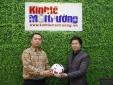 Bán đấu giá trái bóng có chữ ký HLV Park Hang-seo ủng hộ đồng bào miền Trung bị lũ lụt