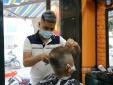 Hà Nội cho phép mở cửa trở lại quán ăn, cắt tóc, gội đầu từ 0h ngày 22/6