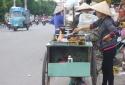 Quảng Ngãi: 27 người ngộ độc nặng vì ăn bánh mì lề đường