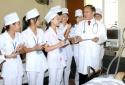 Chính phủ quy định tiêu chuẩn 'Thầy thuốc Ưu tú', 'Thầy thuốc Nhân dân'
