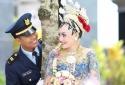 Lời chào cuối cùng của cơ phó máy bay Indonesia với cô vợ trẻ