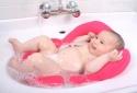 Coi chừng nguy cơ chết đuối ở trẻ khi dùng ghế tắm cho bé