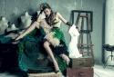 Phát hoảng với hình ảnh 'xanh lét' đầy quái dị của siêu mẫu Thanh Hằng