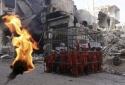 Tận cùng tội ác: IS để mặc gia đình bé gái 2 tuổi quằn quại trong biển lửa