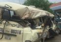 Nghệ An: 7 hành khách nhập viện sau cú va quệt với xe container
