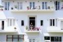 Biệt thự trắng ở Đà Lạt 'tán đổ' teen Việt với 1001 góc chụp đẹp