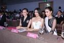 Phạm Hương chúc mừng Lệ Hằng trở thành đại diện thi Hoa hậu Hoàn vũ 2016