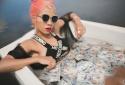 Nữ ca sĩ Sally Q tung hoành chất cá tính trong MV mới