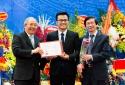 PGS trẻ nhất Việt Nam được vinh danh Gương mặt trẻ tiêu biểu Thủ đô 2016