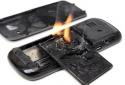 Dập nát bàn tay hai anh em ruột vì đốt pin điện thoại