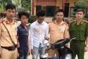 Quảng Ninh: Vừa cướp được điện thoại, 'số đen' gặp ngay Cảnh sát giao thông