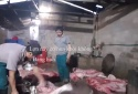 Kinh hoàng quy trình hô biến lợn chết thành thịt lợn hun khói