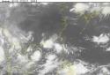 Bão số 3 Roke 'bám đuôi' áp thấp nhiệt đới đi dần vào đất liền