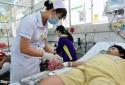 Bệnh viện quá tải vì sốt xuất huyết bùng phát