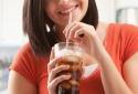 Nước uống giảm cân có thể gây đột quỵ và mất trí nhớ