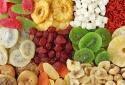 Chuyên gia khuyến cáo bạn không nên ăn hoa quả sấy khô vì lý do này!