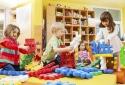 Mua nhiều đồ chơi cho con chẳng khác nào cha mẹ đang tự 'giết' trí não con trẻ