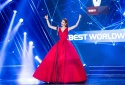 'Lọ Lem' Phạm Hương tiếp tục 'làm mưa làm gió' tại V Live Year End Party