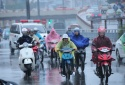 Dự báo thời tiết: Hôm nay Hà Nội trời rét, có mưa và sương mù
