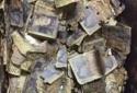 Công nhân vệ sinh vô tình nhặt được túi rác chứa 200 triệu đồng tiền mặt