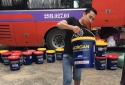 Phát hiện hàng nghìn lít dầu nhớt 'lậu' cất giấu trên xe khách