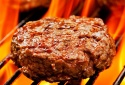 Tăng nguy cơ mắc huyết áp cao nếu ăn nhiều thịt nướng