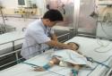 Bé trai 11 tháng tuổi suýt chết vì uống thực phẩm chức năng giống Oresol
