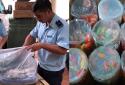 Kẹo, đồ chơi nhập lậu tinh vi qua đường biển tại Quảng Ninh